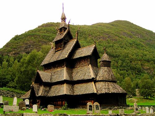 フリー画像| 人工風景| 建造物/建築物| 教会/聖堂| ボルグンスターブ教会| ノルウェー風景|
