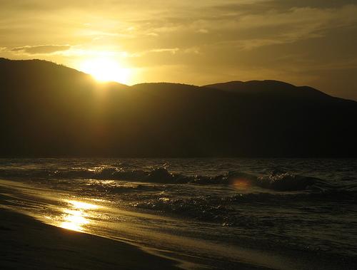 フリー画像| 自然風景| 海の風景| ビーチ/海辺| 夕日/夕焼け/夕暮れ|