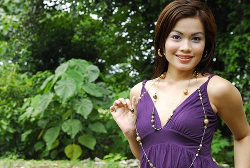 フリー画像  人物写真  女性ポートレイト  アジア女性  ドレス 