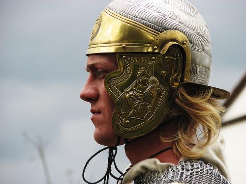フリー画像| 人物写真| 男性ポートレイト| 外国人男性| 騎士/ナイト| 兵士/ソルジャー| 横顔| 古代ローマ| コスチューム|