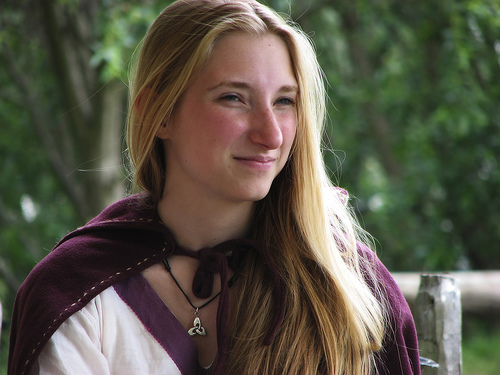 フリー画像| 人物写真| 女性ポートレイト| 白人女性| 金髪/ブロンド| 海賊/バイキング| 中世ヨーロッパ|