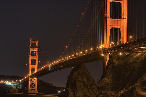 フリー画像| 人工風景| 建造物/建築物| 橋の風景| 夜景| アメリカ風景| サンフランシスコ|