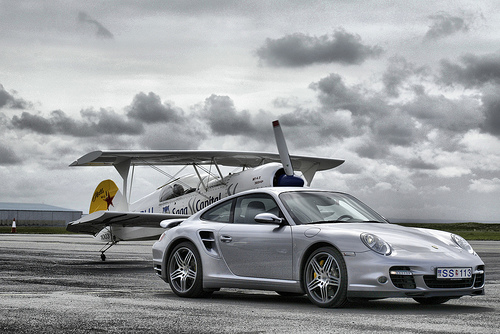 フリー画像| 自動車| スポーツカー| ポルシェ/Porsche| ポルシェ 911| 航空機/飛行機| ドイツ車|