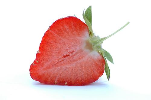 フリー画像| 食べ物| 果物/フルーツ| 苺/イチゴ|