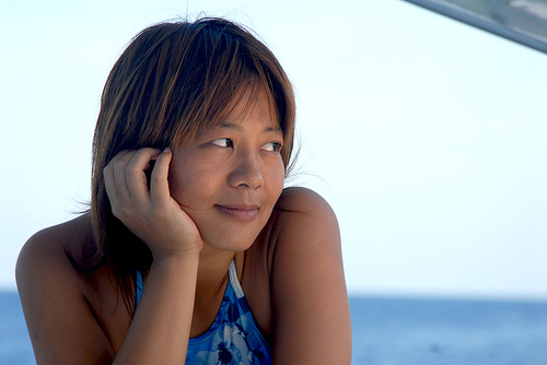 フリー画像| 人物写真| 女性ポートレイト| アジア女性| 頬杖/頬づえ| 中国人|