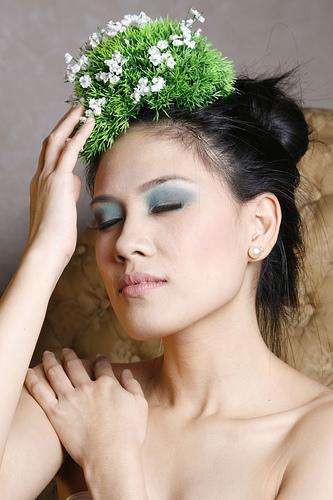 フリー画像| 人物写真| 女性ポートレイト| アジア女性| フィリピン人| 花飾り|