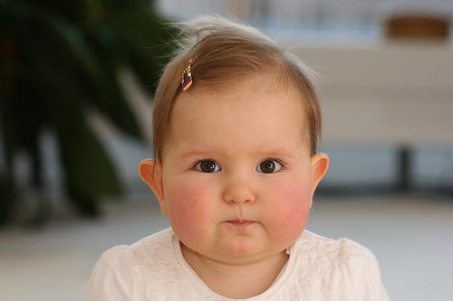 フリー画像| 人物写真| 子供ポートレイト| 赤ちゃん| 外国の子供|