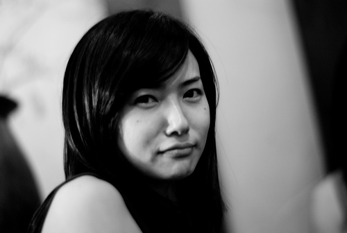 フリー画像| 人物写真| 女性ポートレイト| アジア女性| 日本人| 横顔| 黒髪| Mizuka| モノクロ写真|