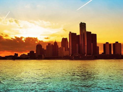 フリー画像| 人工風景| 建造物/建築物| 街の風景| ビルディング| 海の風景| 夕日/夕焼け/夕暮れ| アメリカ風景| デトロイト|