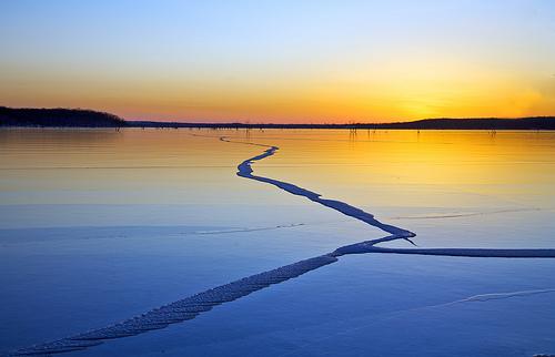 フリー画像| 自然風景| 湖の風景| 朝日/朝焼け| アメリカ風景| カンザス州|