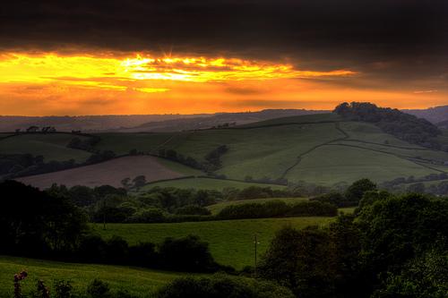 フリー画像| 自然風景| 田園風景| 農地/農園| 橙色/オレンジ| 夕日/夕焼け/夕暮れ| イギリス風景| ドーセット州|