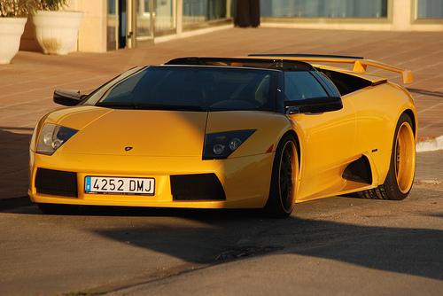 フリー画像| 自動車| スーパーカー| スポーツカー| ランボルギーニ/Lamborghini| ランボルギーニ ムルシエラゴ| Lamborghini Murcielago| イタリア車|