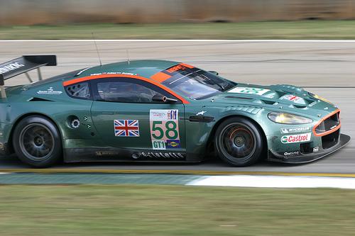 フリー画像  自動車  スポーツカー  アストンマーティン/Aston Martin  アストンマーティン DB9  Aston Martin DB9  イギリス車 