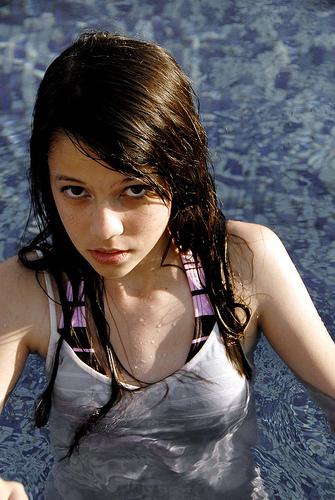 フリー画像  人物写真  女性ポートレイト  アジア女性  水着  黒髪 