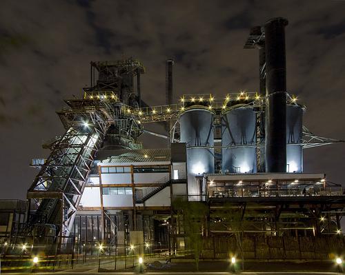 フリー画像| 人工風景| 建造物/建築物| 工場の風景| 夜景|