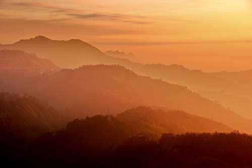 フリー画像| 自然風景| 山の風景| 霧/靄| 朝日/朝焼け| 台湾風景|
