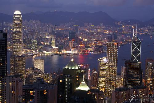 フリー画像| 人工風景| 建造物/建築物| 街の風景| 夜景| ビルディング| 中国風景| 香港|