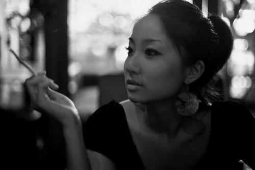 フリー画像| 人物写真| 女性ポートレイト| アジア女性| モノクロ写真| 中国人|