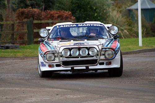 フリー画像| 自動車| ラリーカー| ランチア/Lancia| ランチア デルタ| Lancia Delta HF Integrale| イタリア車|