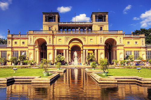 フリー画像| 人工風景| 建造物/建築物| サンスーシ宮殿| 城/宮殿| 世界遺産/ユネスコ| ドイツ風景| ポツダム|