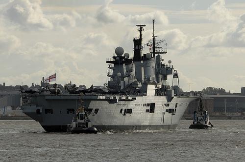 フリー画像| 船舶/ボート| 軍用船| 空母/航空母艦| イラストリアス| HMS Illustrious|