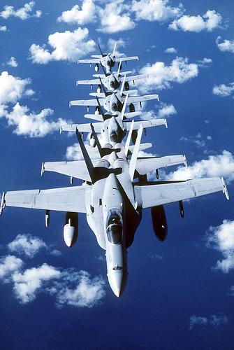 フリー画像| 航空機/飛行機| 軍用機| 戦闘機| F/A-18 ホーネット| F/A-18C Hornet|