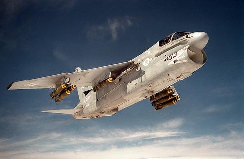 フリー画像| 航空機/飛行機| 軍用機| 攻撃機| A-7 コルセアII| A-7E Corsair|