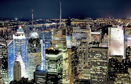 フリー画像  人工風景  建造物/建築物  街の風景  夜景  ビルディング  アメリカ風景  ニューヨーク 