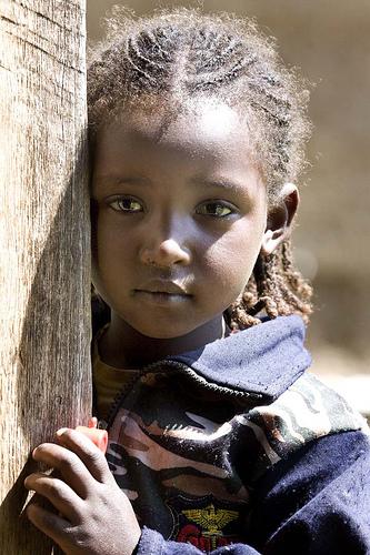 フリー画像| 人物写真| 子供ポートレイト| 外国の子供| 少女/女の子| アフリカの子供| エチオピア人|