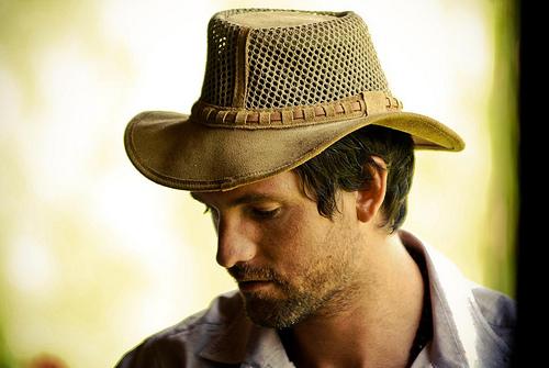 フリー画像| 人物写真| 男性ポートレイト| 外国人男性| イケメン| 帽子|