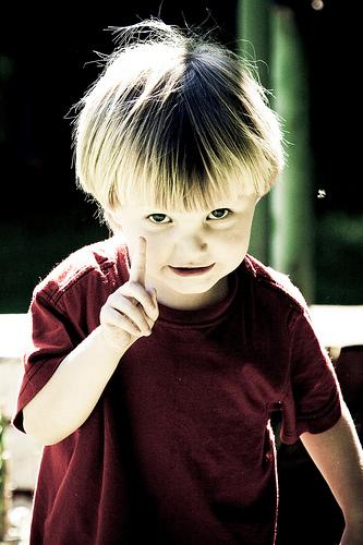 フリー画像| 人物写真| 子供ポートレイト| 外国の子供| 少年/男の子| カウント1|