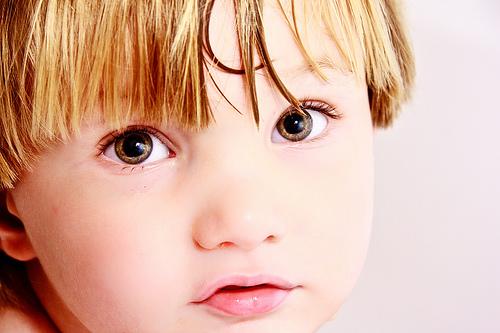 フリー画像| 人物写真| 子供ポートレイト| 外国の子供| 少年/男の子|