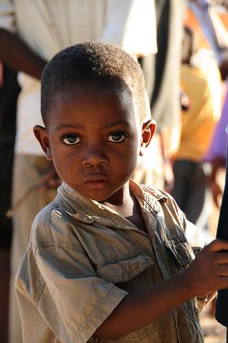 フリー画像| 人物写真| 子供ポートレイト| 外国の子供| 少年/男の子| アフリカの子供| ザンビア人|