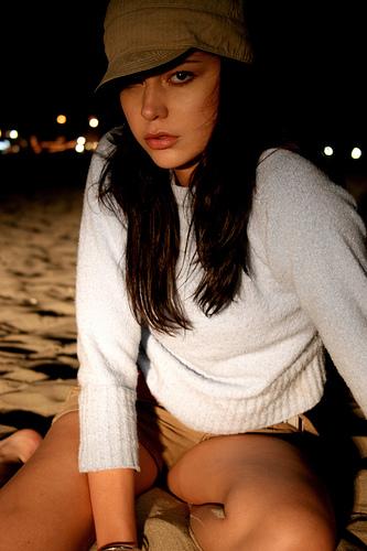 フリー画像  人物写真  女性ポートレイト  白人女性  帽子        フリー素材 