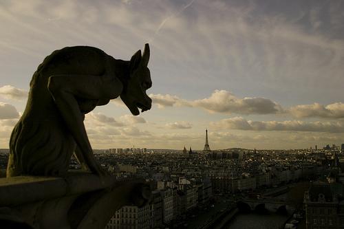フリー画像|人工風景|彫刻/彫像|ガーゴイル|ノートルダム大聖堂|フランス風景|パリ|フリー素材|