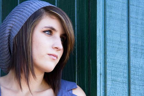 フリー画像| 人物写真| 女性ポートレイト| 白人女性| 帽子| ショートヘアー|      フリー素材|