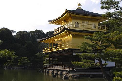 フリー画像| 人工風景| 建造物/建築物| 神社/仏閣/寺院| 金閣寺| 日本風景| 京都|     フリー素材|