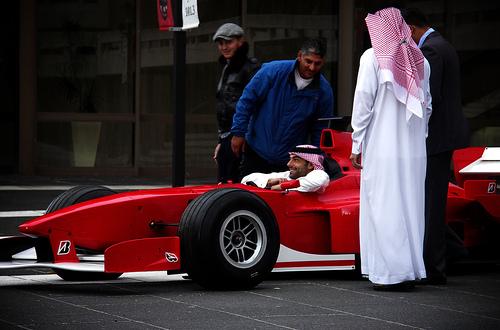 フリー画像| 自動車| レーシングカー| F1/フォーミュラー1| 人物写真| 南アフリカ人|