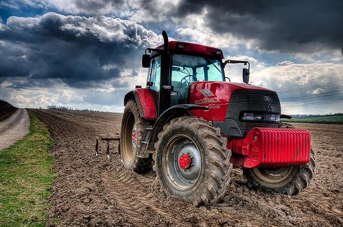 フリー画像| 自動車| トラクター| 農地/農園| HDR画像|
