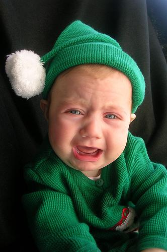 フリー画像| 人物写真| 子供ポートレイト| 赤ちゃん| 外国の子供| 泣き顔|