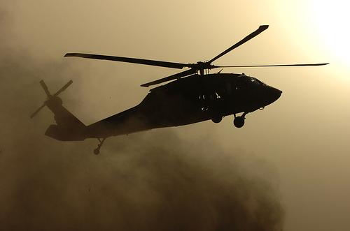 フリー画像| 航空機/飛行機| 軍用ヘリ| ヘリコプター| 戦闘ヘリ| UH-60 ブラックホーク| UH-60 Black Hawk|