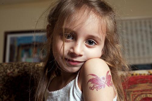 フリー画像| 人物写真| 子供ポートレイト| 少女/女の子| 外国の子供|
