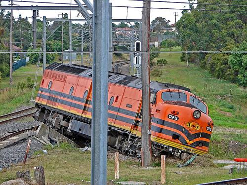 フリー画像| ニュース系| 交通事故| 列車事故| 電車/列車|
