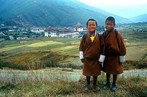 フリー画像| 人物写真| 子供ポートレイト| 少年/男の子| 外国の子供| ブータン人|