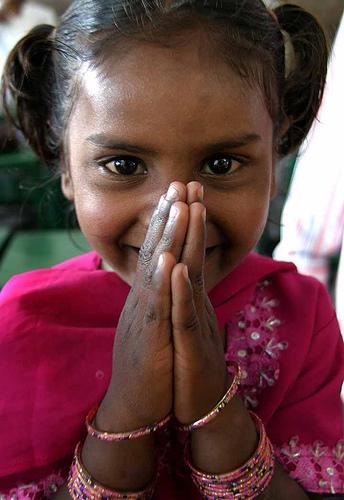 フリー画像| 人物写真| 子供ポートレイト| 少女/女の子| 外国の子供| インド人|