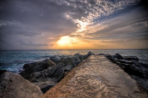 フリー画像| 自然風景| 海の風景| 空の風景| 雲の風景| 朝日/朝焼け| HDR画像| 海岸の風景| アメリカ風景|