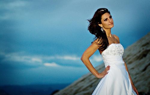 フリー画像| 人物写真| 女性ポートレイト| 白人女性| ウエディングドレス|