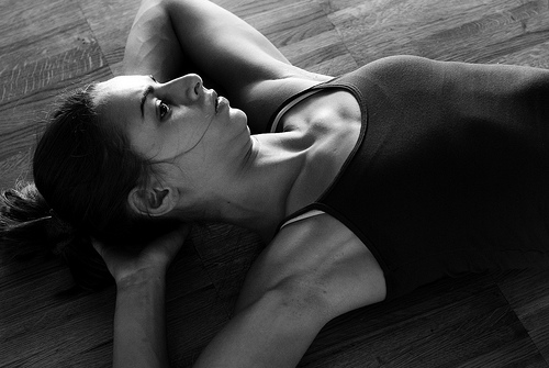 フリー画像| 人物写真| 女性ポートレイト| 白人女性| モノクロ写真| イタリア人|