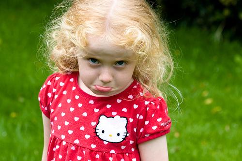 フリー画像|人物写真|子供ポートレイト|少女/女の子|外国の子供|金髪/ブロンド|