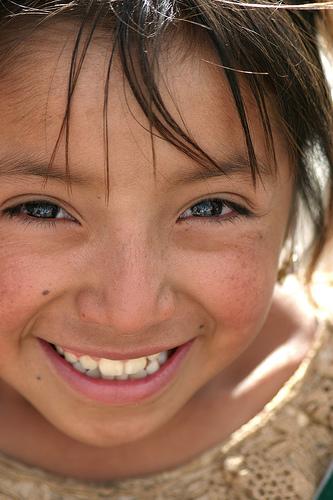フリー画像| 人物写真| 子供ポートレイト| 少女/女の子| 外国の子供| 笑顔/スマイル| グアテマラ人|